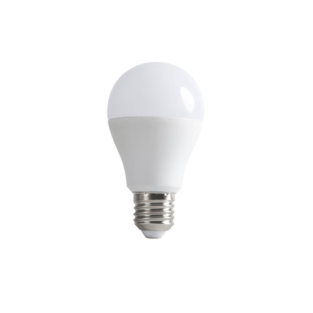 LED žárovka 9W E27