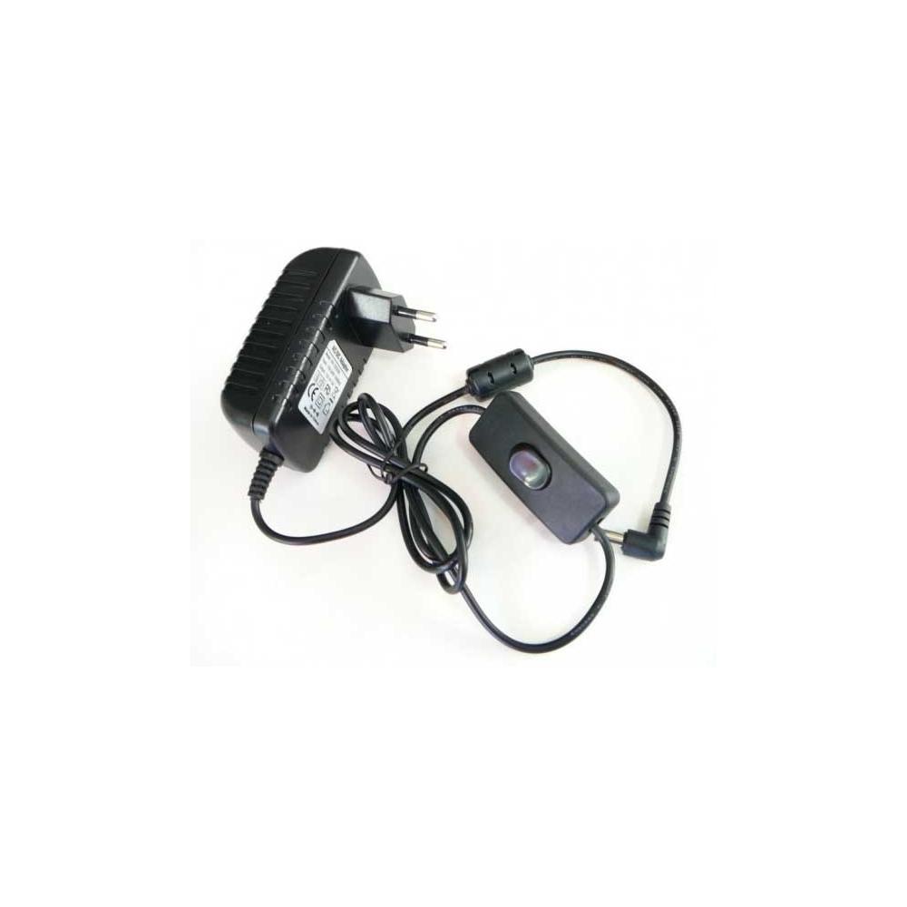 Napájecí zásuvkový zdroj pro LED 24W 12V s vypínačem